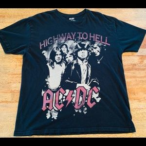 AD⚡️DC Highway to Hell graphic tee shirt